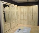 Комплекс шкафов с раздвижными и распашными фасадами